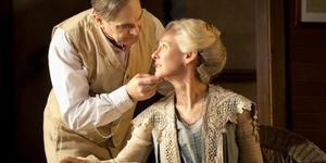 Theatre Review: A Long Day's Journey Into Night @ Apollo Theatre
