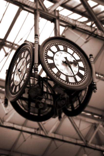 A magnificent four-way clock in Waterloo Station, by jorarl