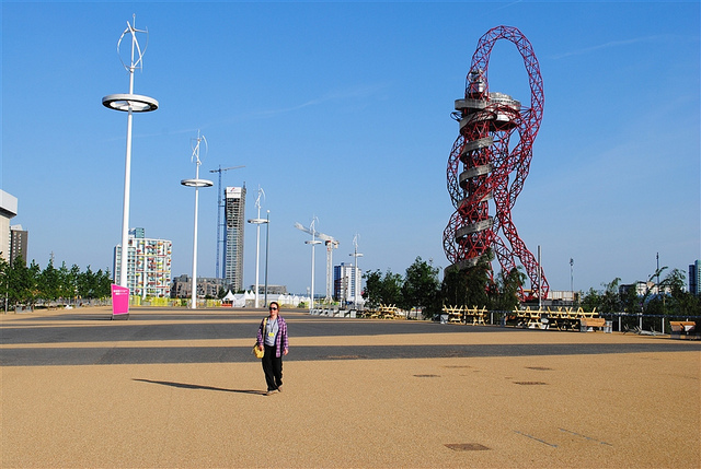 Lindsey, alone on the Olympic Park by psyxjaw
