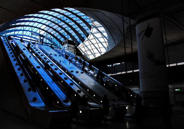 Feeling blue in Canary Wharf, by richwat2011