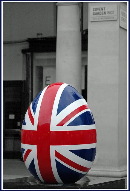 Patriotic egg, by snaphappysal