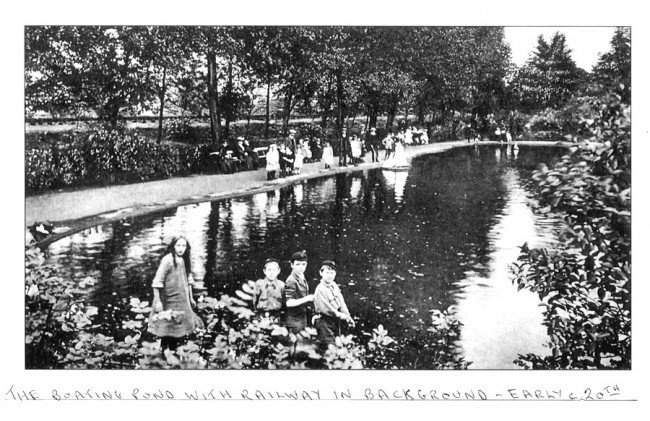 The boating pond, early 20th century - note the Crystal Palace and South London Junction Railway in the background.