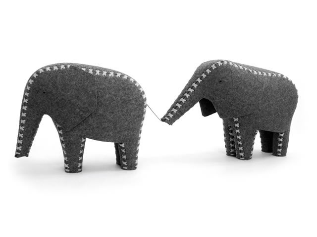 Formverleih Elephants by Daniel Böttcher and Marlene Schroeder