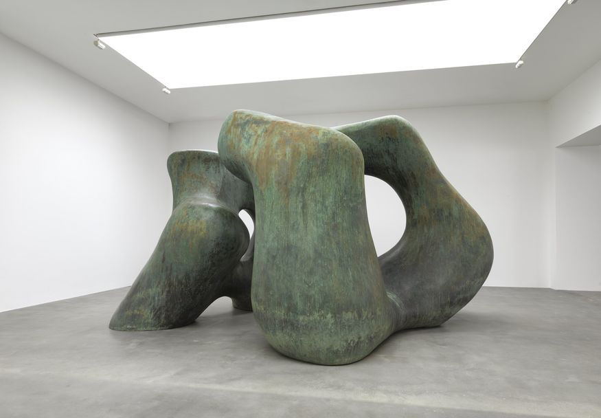 Art Review: Henry Moore - Late Large Forms @ Gagosian Gallery