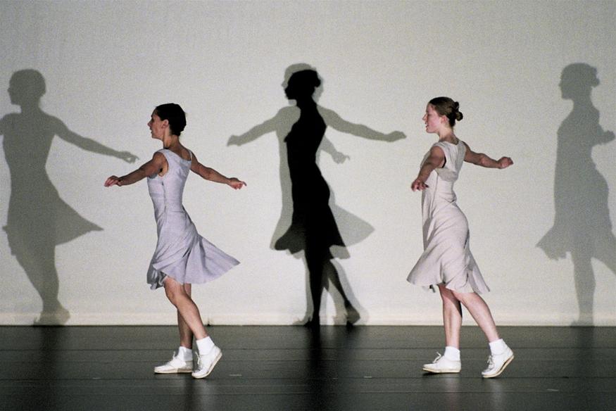 Anne Teresa de Keersmaeker Fase: Four movements to the Music of Steve Reich 1982, © Anne Teresa De Keersmaeker. Photocredit: Herman Sorgeloos