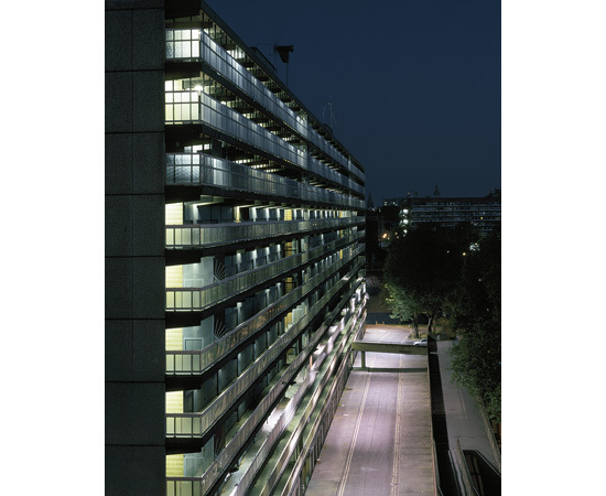 Elevated view of Housing Block (SE1), William Eckersley. Courtesy Vegas Gallery.