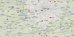 Mapped: Live Air Traffic Above London