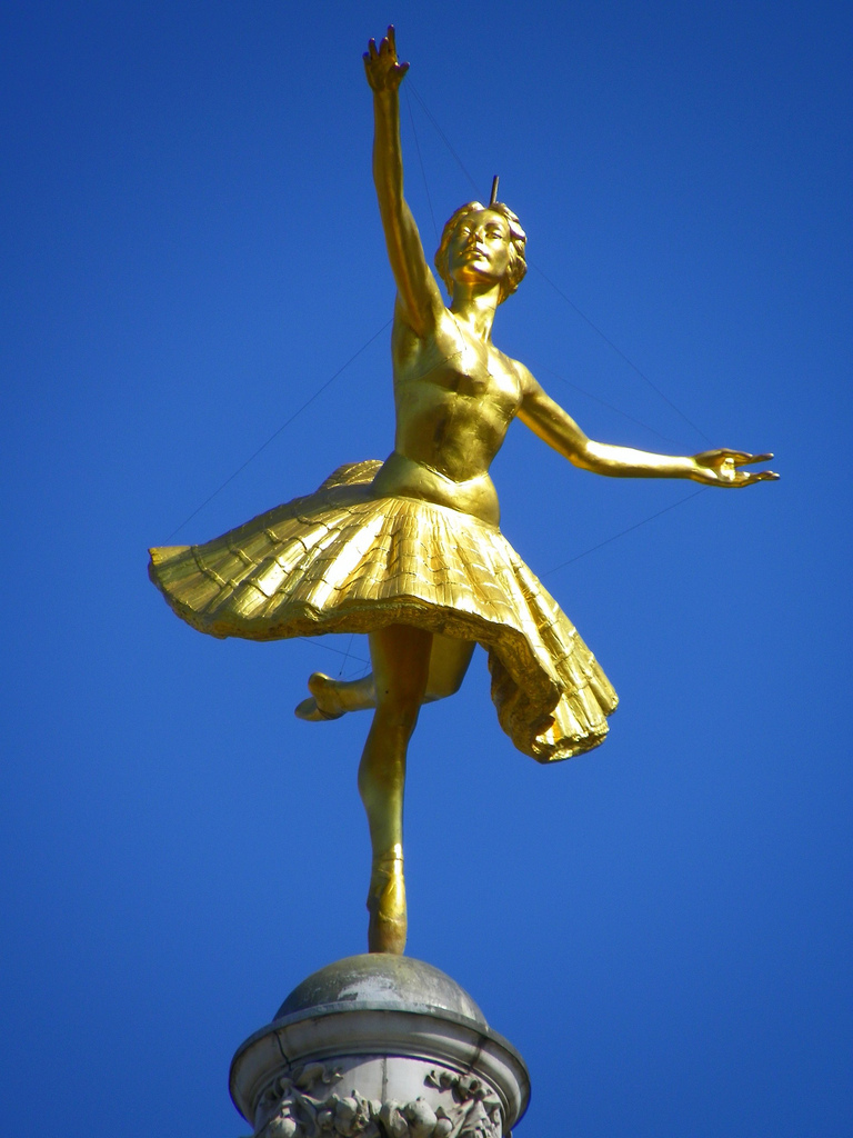Anna Pavlova on the Victoria Palace Theatre / photo by Urban Snapper
