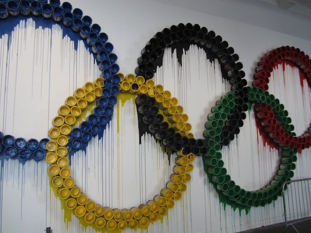 Olympic rings by Mr Brainwash, at his recent show in Holborn. Image by M@.