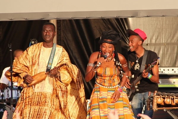 Bassekou Kouyate with compatriot Fatoumata Diawara, whose singing featured throughout the night