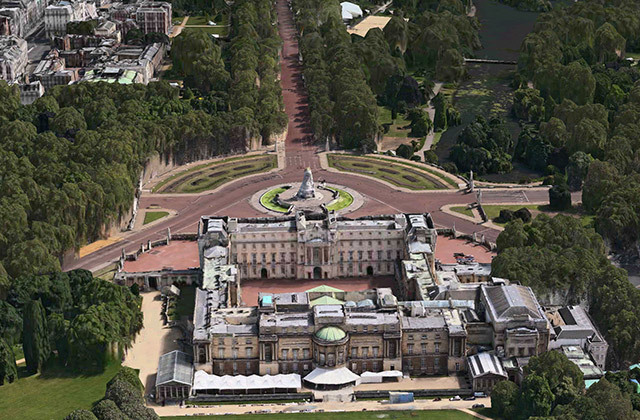 Buckingham Palace and the Mall; the rendering engine isn't too hot at drawing trees.