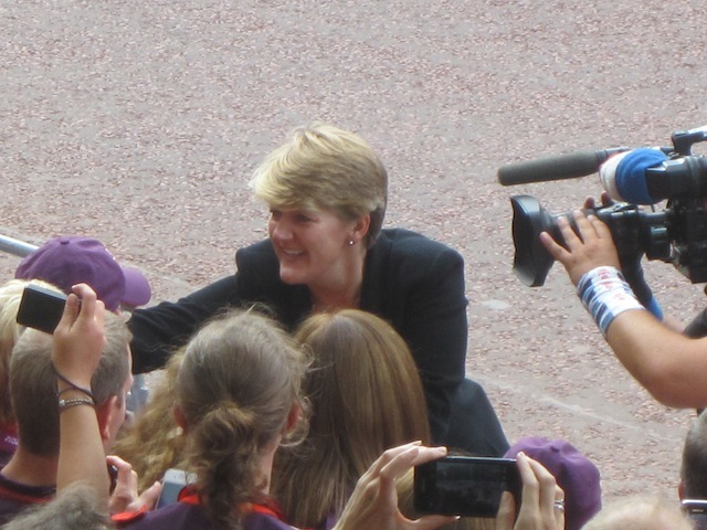 Claire Balding works the crowd. (M@)