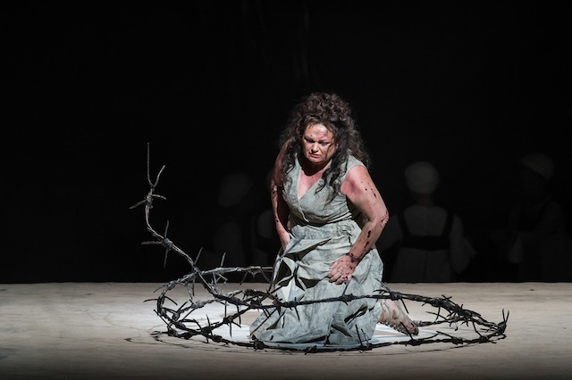 GOTTERDAMMERUNG by Wagner; Act 2 stage and orchestra rehearsal; Royal Opera House; Covent Garden, London, UK; 19 September 2012;  SUSAN BULLOCK as Brünnhilde;  ANTONIO PAPPANO - Conductor; KEITH WARNER - Director; STEFANOS LAZARIDIS - Set designs; MARIE-JEANNE LECCA - Costume designs; WOLFGANG GOEBBEL - Lighting design; CLAIRE GLASKIN- Original Movement Director;  Credit: CLIVE BARDA/ArenaPAL;
