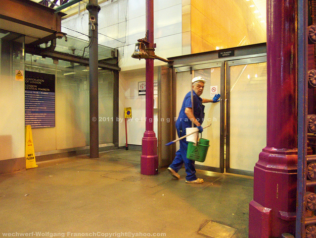 Cleaner in a Hurry | Smithfield Meat Market by Mr Tudor