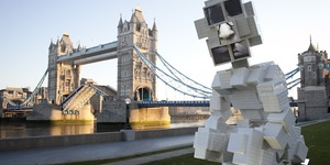 Giant Toilet Sculpture Appears Near Tower Bridge