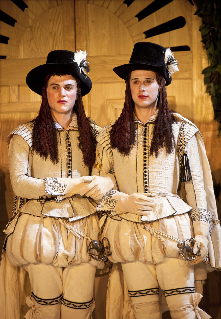 critique on twelfth night Need help with act 1, scene 1 in william shakespeare's twelfth night check out our revolutionary side-by-side summary and analysis.