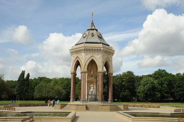 The Burdett-Coutts fountain in Victoria Park