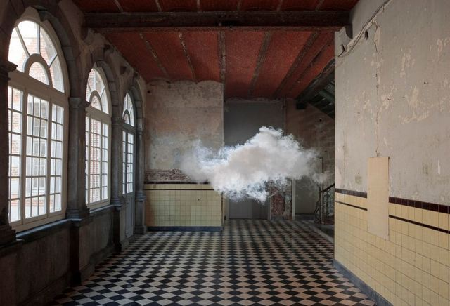 Berndnaut Smilde, Nimbus D'Aspremont, 2012. Courtesy the artist and Ronchini Gallery. Photo Cassander Eeftinck Schattenkerk