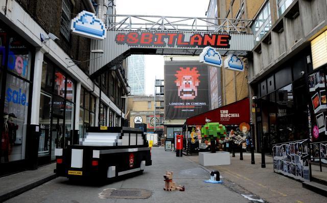 brick lane gets 80s arcade makeover this weekend londonist. Black Bedroom Furniture Sets. Home Design Ideas