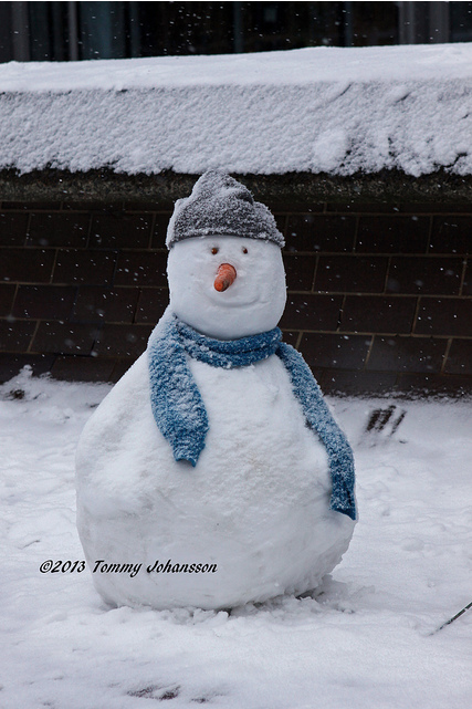 Smiling snowman by tommyajohansson