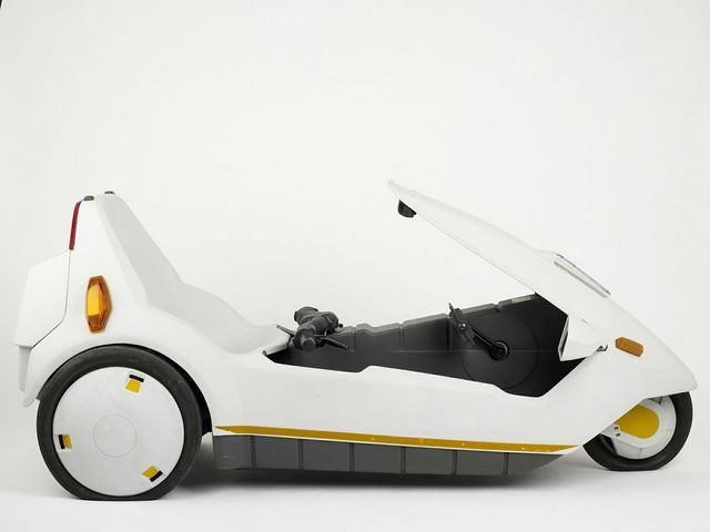 Sinclair C5 - Sir Clive Sinclair, 1985. Image courtesy Design Museum.