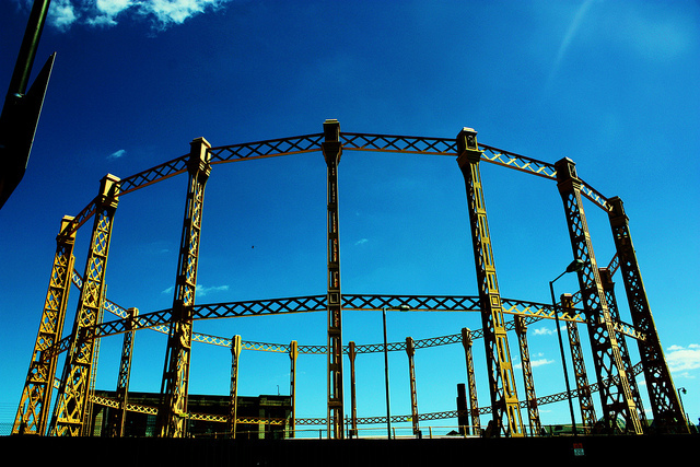 Imperial Wharf gas holder by Stephskimo