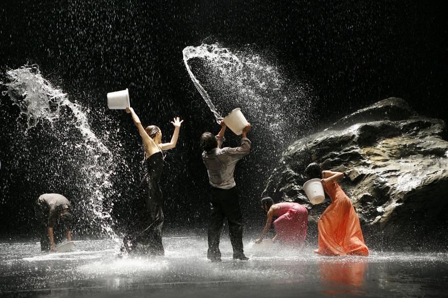 Dance Review: Vollmond @ Sadler's Wells