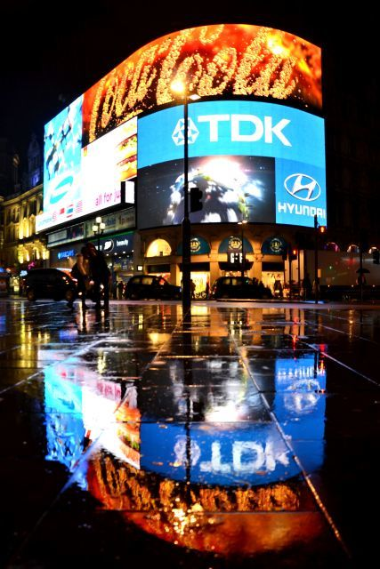 Piccadilly Advertising