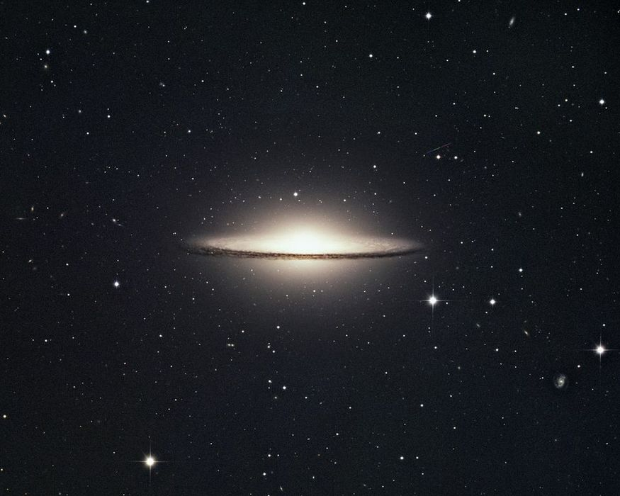 David Malin, The Sombrero M104 in Hydra, © Australian Astronomical Observatory