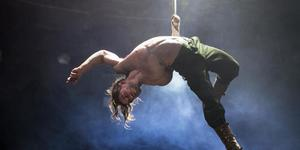 New Circus Show Bianco At The Roundhouse Is A Bit Of All-White