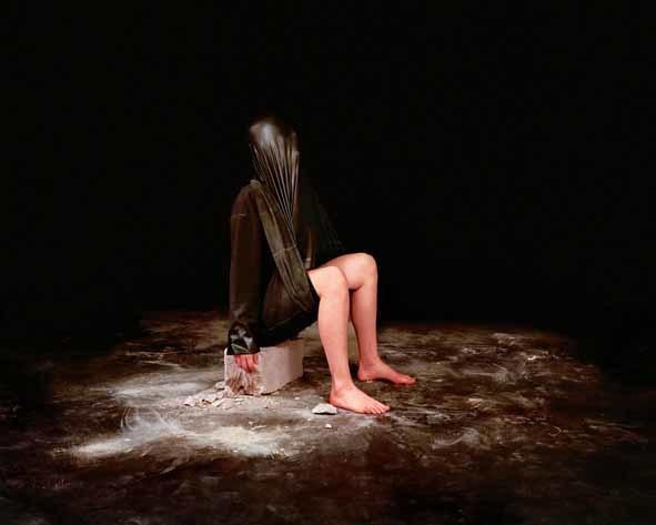 Fatma Bucak, Omne Meum Nihil Meum II, 2011. Courtesy Catlin Art Prize.