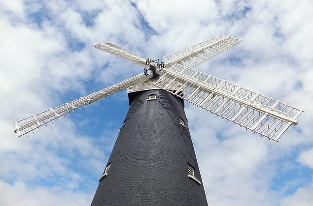 Shirley windmill in Croydon / photo by McTumshie