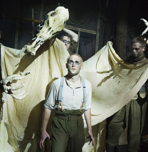(Rhyming) Theatre Review: The Trench @ The Pleasance