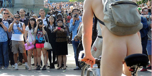 In Pictures: Naked Londoners On Their Bikes