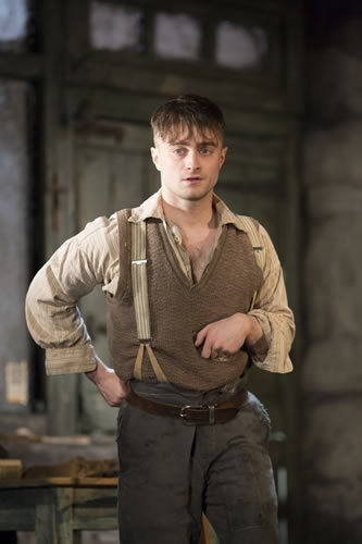 Daniel Radcliffe as Billy. Photo by Johan Persson
