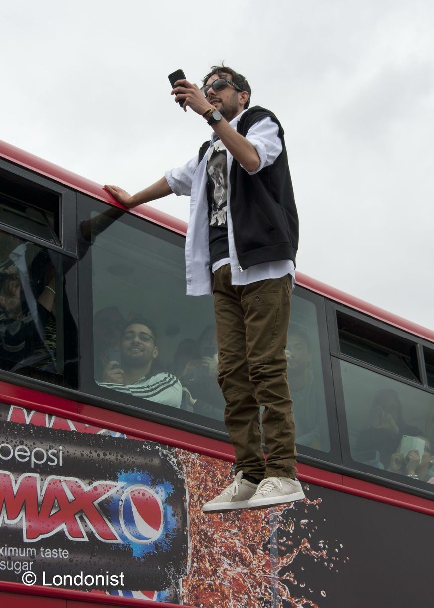Gallery: Dynamo Performs Bus Levitation Stunt On ...