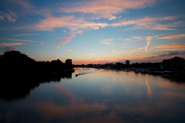 Hammersmith Bridge sunset by Ian Wylie