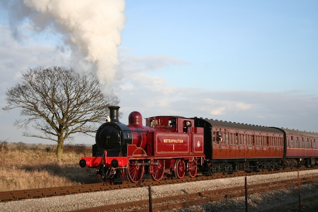 buckinghamshire-railway-centre-metropolitan-no-1.jpg