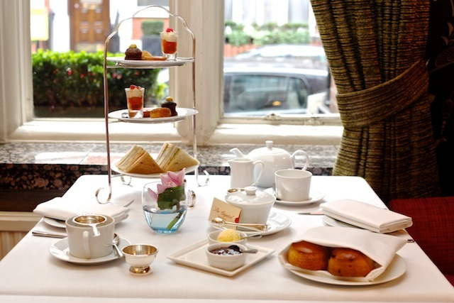 Win A London Day Of Indulgence With Sales Gossip