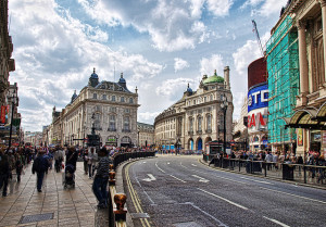 Piccadilly. Photo by Neil Howard, via the Londonist flickrpool