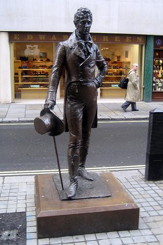 Piccadilly Arcade - Beau Brummell statue by Wally Gobetz