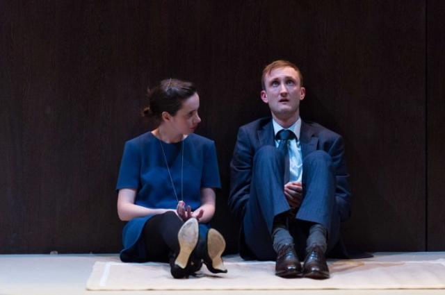 Kate O'Flynn (Louisa), Tom Brooke (Gorge Mastromas) / Photo by Manuel Harlan