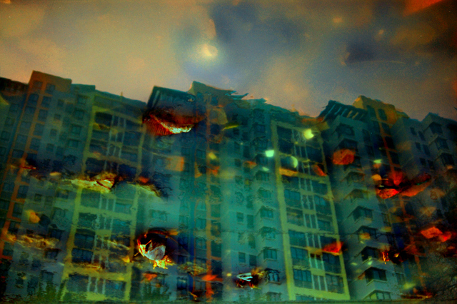 Twilight High Rise, Han Bing. Image courtesy Hua Gallery