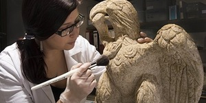 'Exceptional' Roman Eagle Sculpture Discovered In London