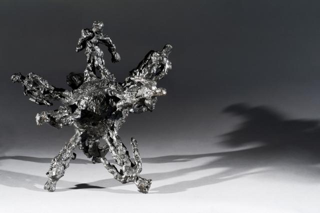 David Breuer-Weil, Globe, 2013 (courtesy of Sam Roberts and the artist)