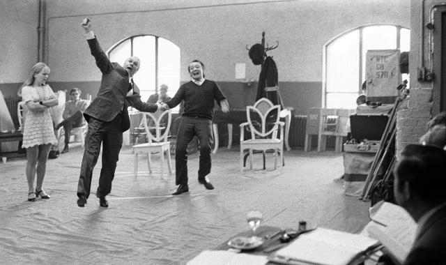 Laurence Olivier with David Ryall in rehearsal for A Flea in Her Ear, 1966. Photo by Chris Arthur