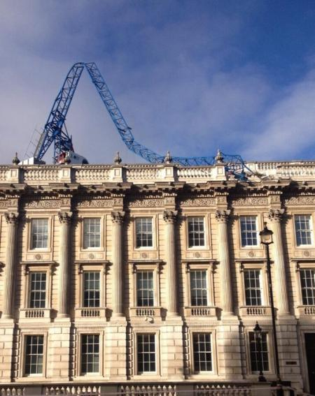 Collapsed crane on the Cabinet Office / photo by Political Pictures