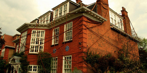 A Pocket Guide To London's Literary Houses