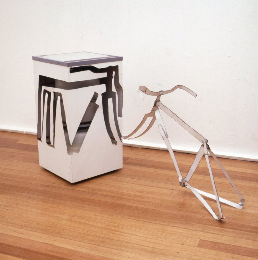 Key 20    Bill Woodrow RA  Spin Dryer with Bicycle Frame Including Handlebars, 1981  Spin dryer, 67 x 107 x 64 cm   Collection of the artist
