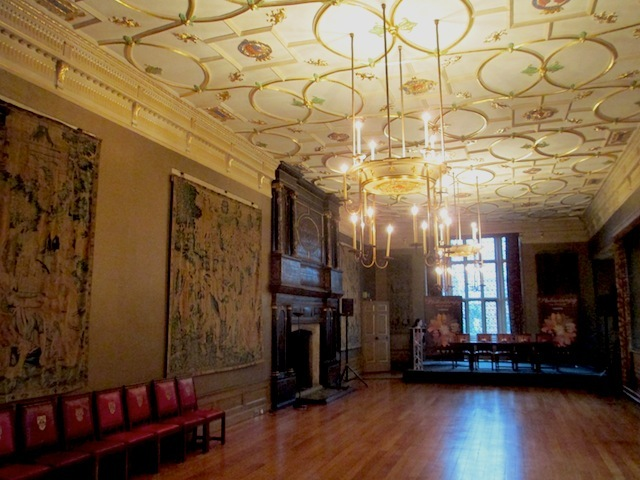 Inside the Great Chamber, from 1546, but heavily restored. James I and VI held court in this room when he first came to London.